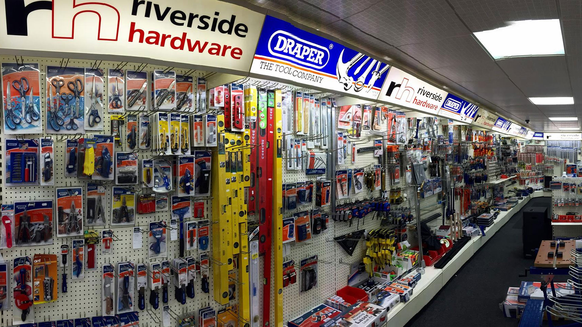 Bridgend based Riverside Hardware gets tooled up online with web developers ITCS