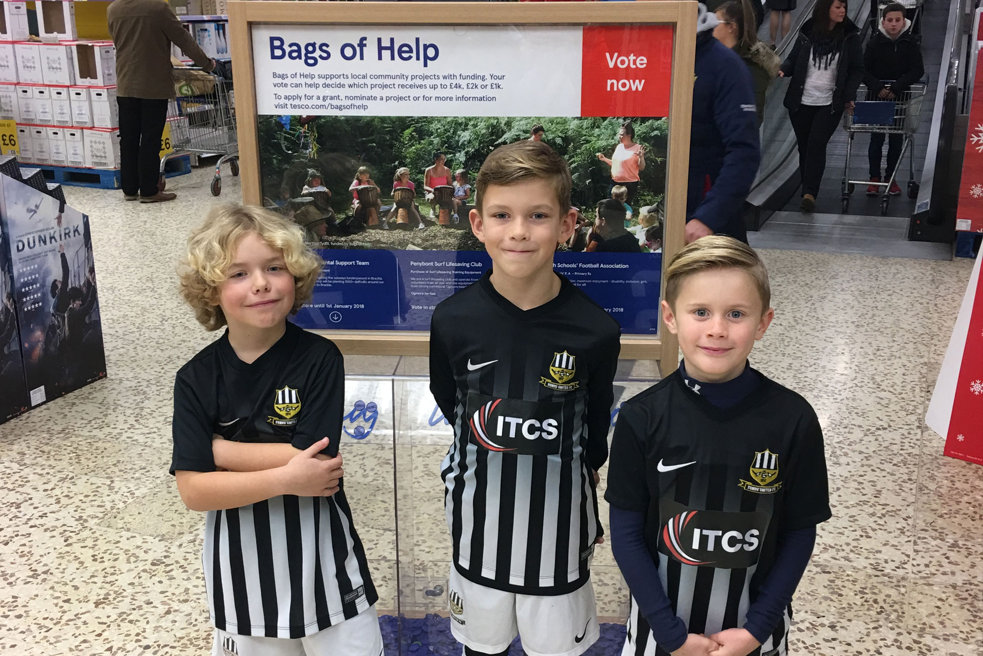 ITCS sponsored Tondu United FC scores 'Bags of Help' from Tesco